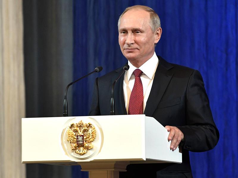 7 октября 2017 года российскому президенту, родившемуся в 1952 году в Ленинграде, исполняется 65 лет