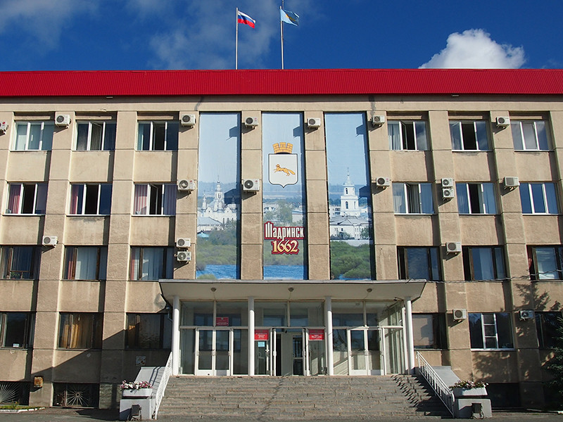 Власти города Шадринска в Курганской области передумали выселять трехлетнего малыша из квартиры