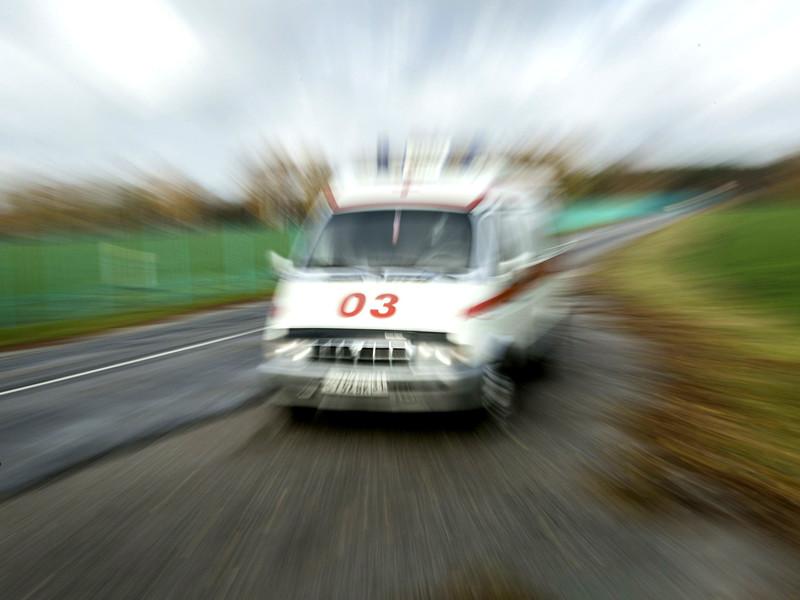 """Несколько ведомств проверяют случай с тяжелым пациентом из Омской области, от которого медики """"скорой"""" потребовали 500 рублей на бензин до больницы"""