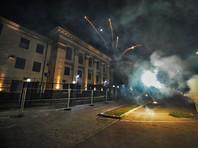 СК заочно арестовал четырех украинцев за нападения на дипучреждения РФ в Киеве и Львове