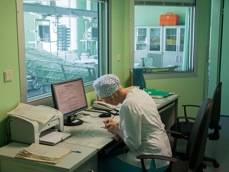 В Екатеринбурге 40 человек попали в больницы с менингитом