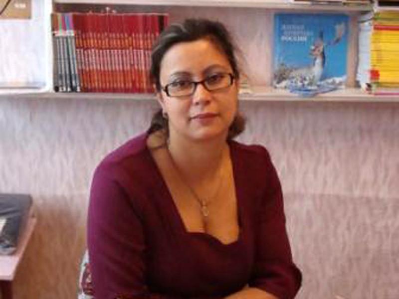 На экс-директора иркутской школы, уволенную из-за отказа агитировать за кандидата от ЕР, напали на улице