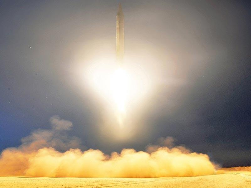 Депутаты российской Госдумы от фракции ЛДПР побывали с визитом в столице Северной Кореи Пхеньяне, где им рассказали о планах испытать ракету, которая, по их расчетам, сможет достичь западного побережья США