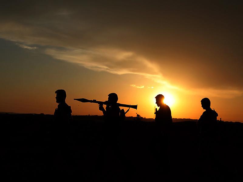 На прошлой неделе боевики ИГ* заявили, что взяли в плен двоих российских военнослужащих и убили еще одного