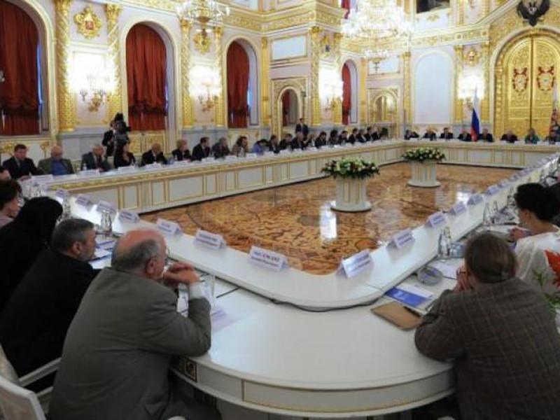Совет при президенте РФ по правам человека (СПЧ) передал в администрацию президента проект амнистии по случаю 100-летия русской революции