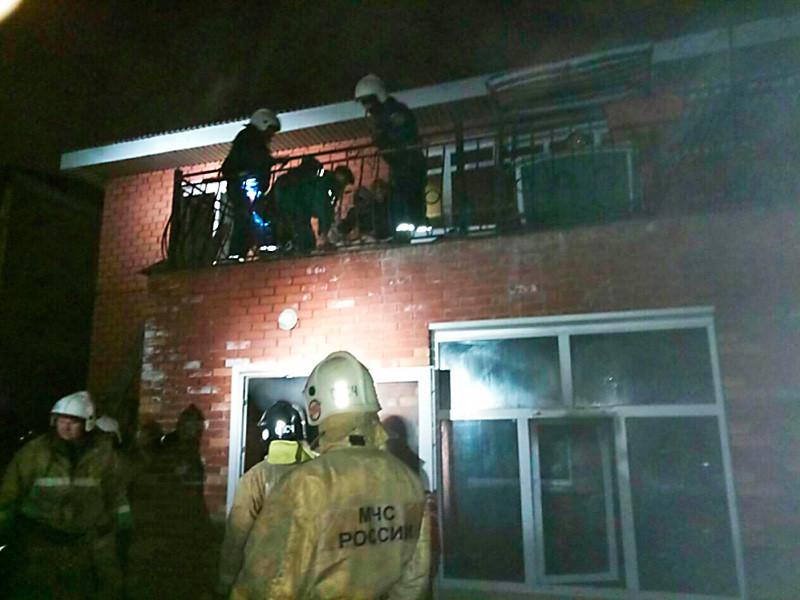 В ночь на 18 октября в Иркутске загорелся дом на улице Курортной, в котором располагался частный и не разрегистрированный в соответствующих службах дом престарелых