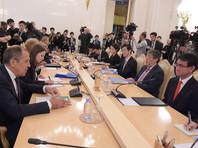 """""""Мы, конечно, обратили внимании на то, что премьер-министр Японии Синдзо Абэ, встречаясь с президентом США Дональдом Трампом в начале ноября, сказал, что он на сто процентов поддержит американскую позицию"""", - указал российский министр"""