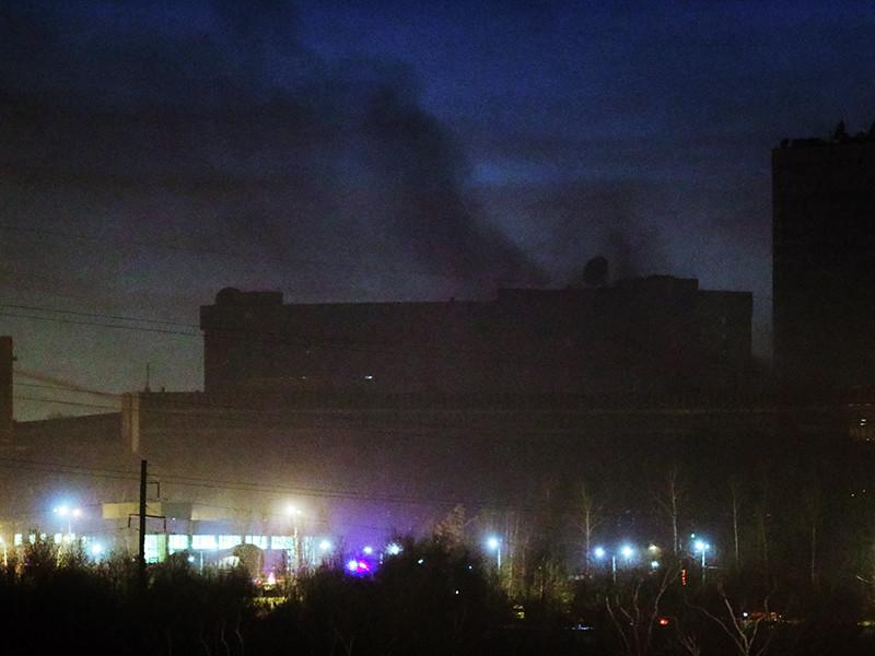 После пожара, произошедшего вечером 8 ноября в одном из коллекторов Службы внешней разведки в Ясенево на юге Москвы, были найдены тела трех погибших