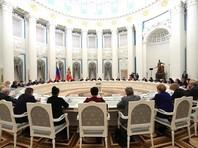 """Путин не согласился с заявлением Мизулиной о направленности российского законодательства """"на разрушение семей"""""""