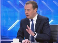 Медведев больше не видит себя президентом, но готов поддержать Путина