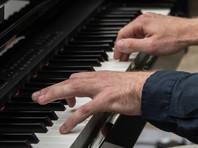 """В Хабаровске разгорается скандал вокруг учителя музыки, выставившего второклассницу из кабинета под крики """"Пошла вон"""""""