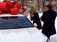В Уфе главный борец с коррупцией подарил любимой Mercedes GLA за 2,5 млн