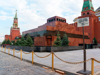 Вопрос о захоронении Ленина в Кремле не обсуждается, сообщил Песков