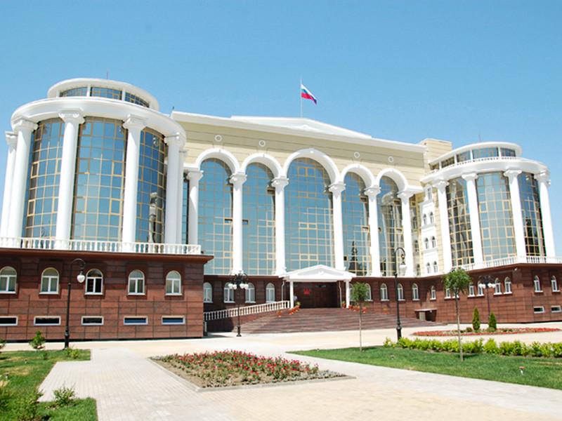 Суд в Астрахани в четверг, 28 декабря, приговорил студента Астраханского медуниверситета Айдемара Ахаева по статье о недоносительстве из так называемого пакета Яровой