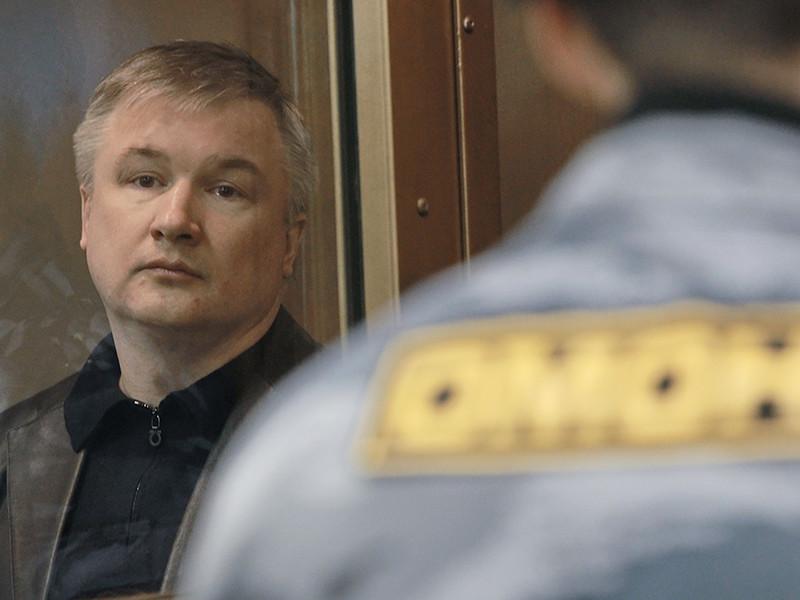 Комиссия по помилованию одобрила прошение экс-сенатора от Башкирии Игоря Изместьева, отбывающего пожизненный срок за организацию заказных убийств