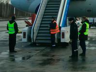 Опора площадки трапа в петербургском аэропорту Пулково, в результате падения которой в сентябре погиб ребенок и пострадала женщина, была самодельным аналогом и не соответствовала требованиям безопасности