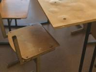 """В Сочи уволили учительницу, опубликовавшую видео о """"драных стульях"""" в школьном кабинете"""