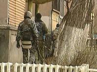 В Дагестанском селе окружили дом с засевшим там боевиком