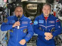 Российские космонавты на МКС Александр Мисуркин и Антон Шкаплеров поздравили землян с Новым годом
