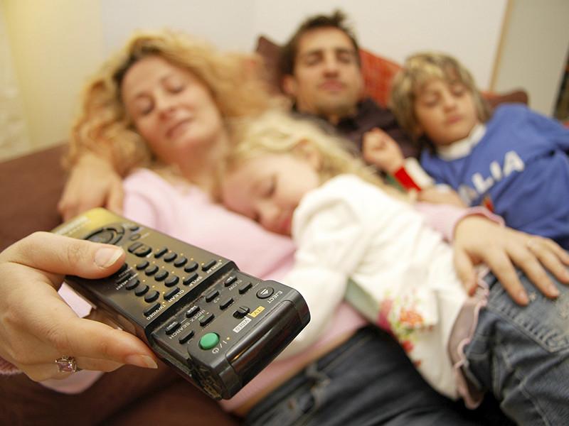 """По итогам 11 месяцев 2017 года у телеканала """"Россия-1"""" среднесуточная доля среди всех зрителей старше четырех лет была выше, чем у Первого канала"""