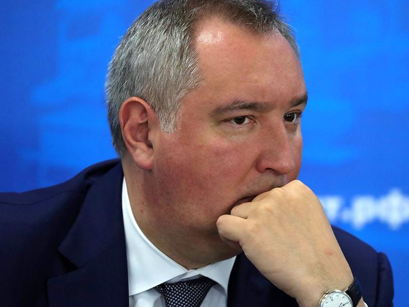 """Вице-премьер Дмитрий Рогозин не удовлетворен результатами расследования аварийной комиссии Роскосмоса о падении ракеты-носителя """"Союз-2.1б"""" с 19 спутниками в океан"""