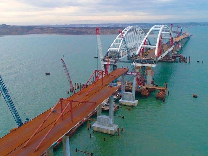 Россияне голосованием выбрали название для 19-километрового моста в Крым