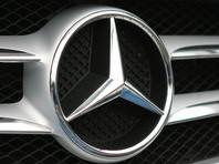 В Башкирии уволили борца с коррупцией, подарившего любимой роскошный белый Mercedes