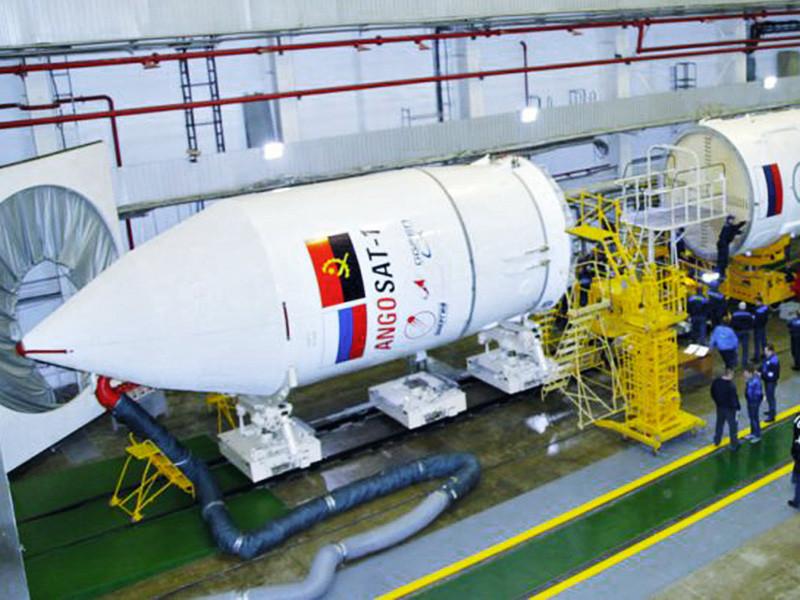 Первый ангольский спутник AngoSat, запущенный с космодрома Байконур в ночь на среду, по предварительным данным, вышел из строя из-за короткого замыкания