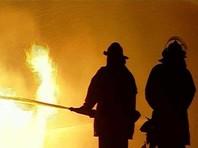 В Москве загорелся центральный павильон ВДНХ. Пожарные спасли двоих