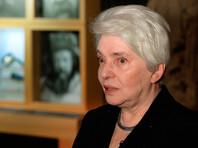 Вдова Солженицына назвала активистов, расклеивших стикеры с оскорблениями в адрес писателя, отморозками