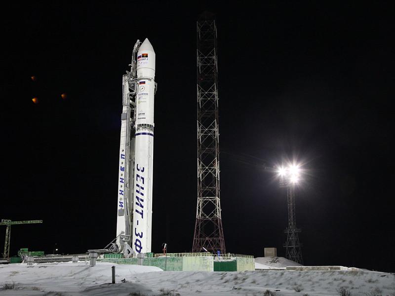 """Накануне стало известно о потери связи с телекоммуникационным спутником """"Ангосат-1"""", запущенным с Байконура"""