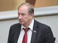 Суд отказался принять иск депутата Рашкина с требованием отправить в отставку Мутко
