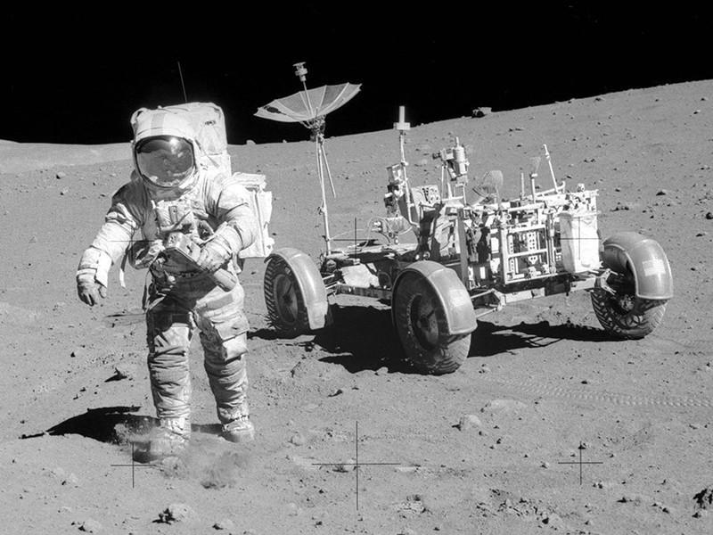 Россия намерена отстаивать независимость Луны в Организации Объединенных наций и вынести на обсуждение проект резолюции об изменениях в международном законодательстве по добыче ископаемых ресурсов на Луне и астероидах