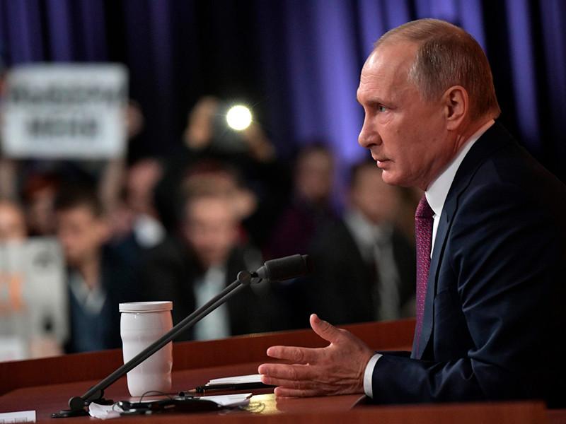 Путин не согласен, что в России есть две разных правовые реальности, и Сечин закон не нарушал неявкой в суд по Улюкаеву