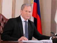 В середине декабря  губернатор Алексей Кокоринпообщавшись с учителями, отдал распоряжение для погашения долгов перед педагогами выделить  из областного бюджета около 3 млн рублей