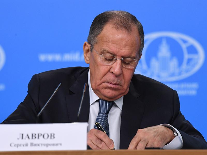 """Лавров заявил об отсутствии перспектив у американского """"кремлевского доклада"""""""