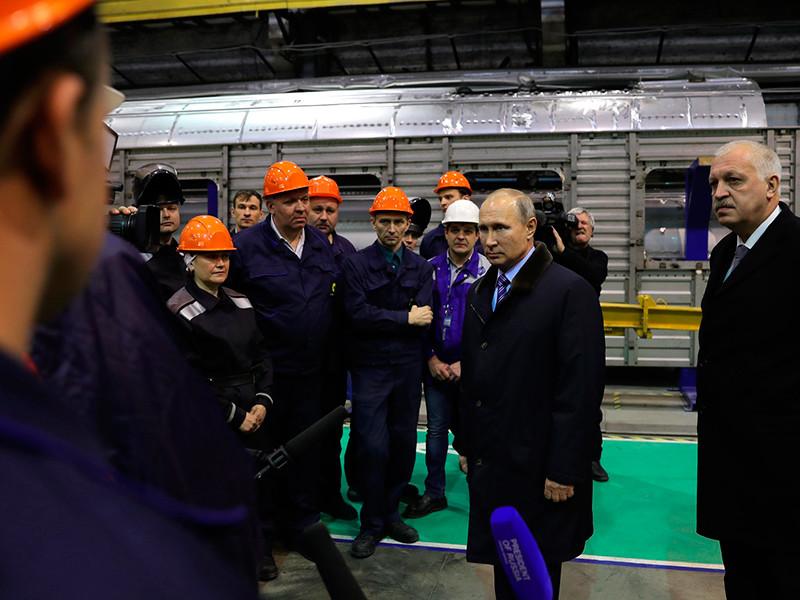 10 января, в поездке на Тверской вагоностроительный завод Путина сопровождали журналисты почти всех ведущих западных СМИ