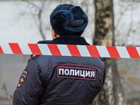 Во дворе новосибирского дома  мертвец сутки просидел за рулем заведенной машины