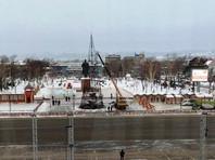 Власти Южно-Сахалинска установят новую новогоднюю елку вместо сгоревшей