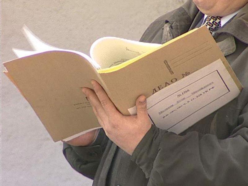 В Калининграде завели уголовное дело в отношении директора лицея, где прошло посвящение со свиной головой на парте