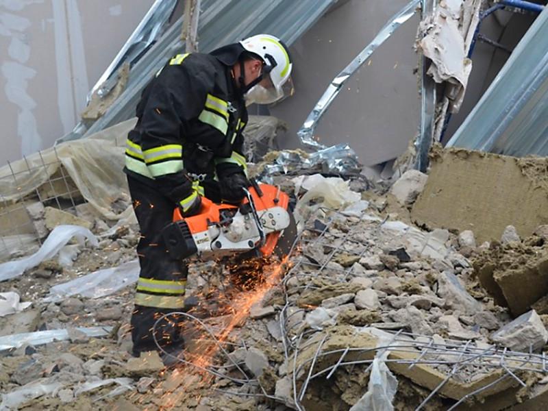 В Копейске, где обрушилось здание заброшенной котельной, завершился разбор завалов: спасатели достали тела двух погибших