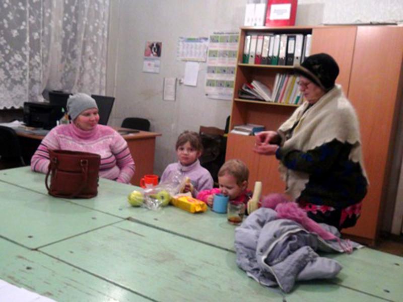 Уральские гаишники спасли семью глухонемых, которые чуть не замерзли в сломанном авто при минус 27