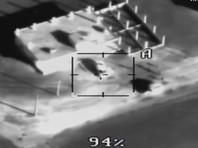 На одном из опубликованных Минобороны видео убийства боевиков, обстрелявших российскую авиабазу Хмеймим в Сирии, заметен монтаж. На склейку обратил внимание Telegram-канал Directorate 4