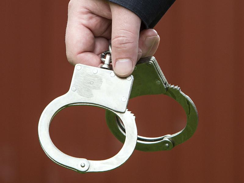 Отставной краснодарский чекист, занимавшийся делами судьи Новикова и профессора Саввы, арестован за вымогательство взятки