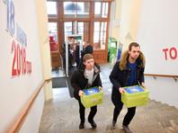 """Еще 13 января количество подписей в поддержку действующего президента на предстоящих выборах превысило полмиллиона при необходимых 300 тысячах. В штабе Путина тогда заявили, что продолжат сбор, """"чтобы не подводить поддерживающих президента россиян"""""""