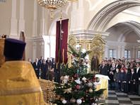 Путин в этот раз встречал один из главных христианских праздников в Санкт-Петербурге, в Симеоновской церкви