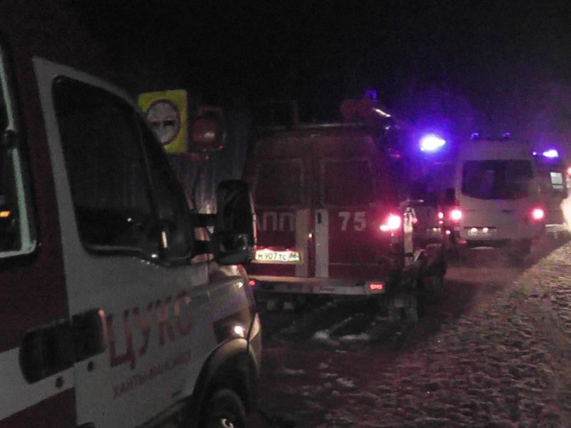 Авария с участием легковых автомобилей Reno Duster и Mazda 6 произошла на автодороге регионального значения Ханты-Мансийск - Советский в 40 километрах восточнее населенного пункта Талинка Октябрьского района ХМАО