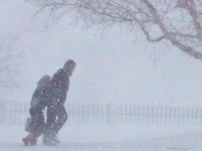 Натерпевшийся в прошлом году проблем с погодой Сахалин оказался под воздействием очередного, первого в 2018 году, циклона, принесшего в южные районы острова сильный снег и ветер с порывами более 20 метров в секунду