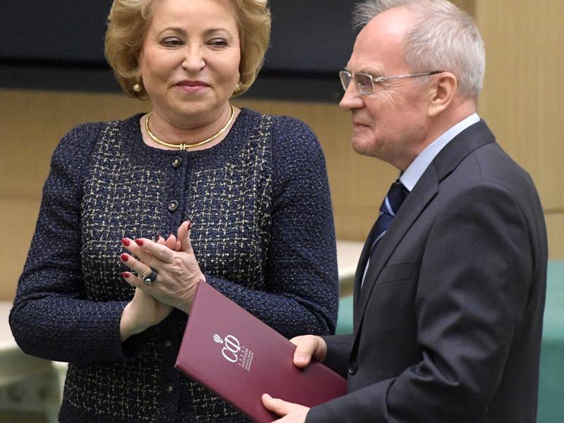 Совет Федерации в среду, 31 января, переназначил Валерия Зорькина, полномочия которого истекают 22 февраля, председателем Конституционного суда РФ на новый шестилетний срок