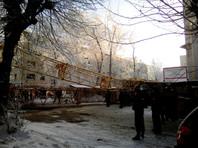 В Кирове башенный кран рухнул на жилой дом: крановщик погиб, есть раненые,  разрушены две  квартиры